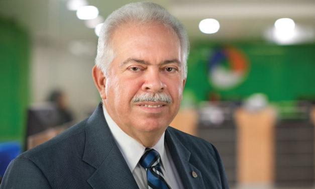 """Luis Molina Achécar: """"El éxito de un banquero está en la prudencia"""""""